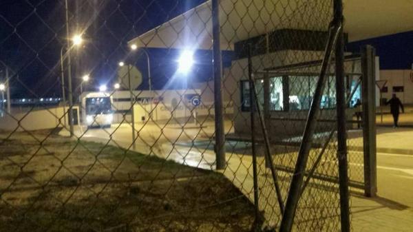"""التحالف الدولي""""عدل"""":يحقق بملابسات مقتل مهاجر جزائري بمركز احتجاز بملاقا الإسبانية وانتهاكات الشرطة بحقهم"""