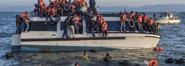 عندما يطوّق البحر المتوسط المهاجرين