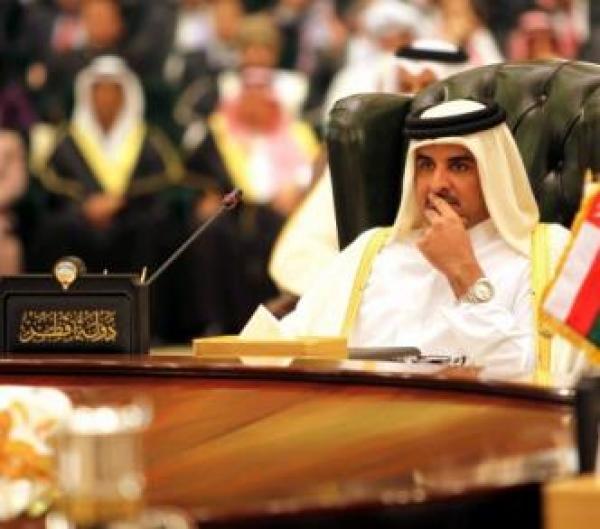 أسر تتمزق وحرية التعبير تتعرض للهجوم وسط الصراع السياسي في الخليج