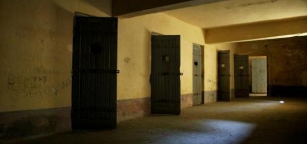 الآلاف من الأطفال يُعتقلون دون تهم ويتعرضون للتعذيب حتى الموت