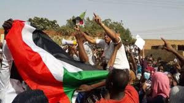 التحالف الدولي :يشيد بنضالات الشعب السوداني ويؤكد دعمه الكامل لمطالبه ويدعو لأنتقال مدني للسلطة ويحذر من أي مساس للمتظاهرين