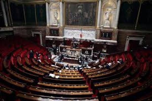 التحالف الدولي يشارك مع مجموعة من البرلمانيين الفرنسيين في مؤتمر صحفي حول مبيعات الأسلحة في اليمن