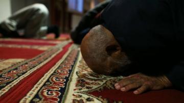 واشنطن تدين تصاعد كراهية المسلمين بفرنسا والأعمال المعادية للمسلمين أرتفعت ثلاثة أضعاف