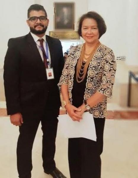 باوزير:يلتقي سفيرة الفلبين بعمان وتشيد بمفهوم التعايش الذي غرسة المهاجرون الحضارم