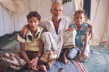 Fuyant l'enfer de la guerre au Yémen Ajabuta amère souffrance et de mettre Manassé